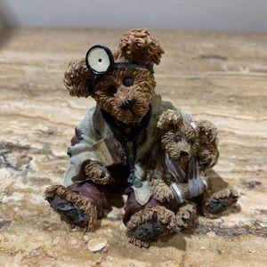 Boyd's Bears & Friends figurine
